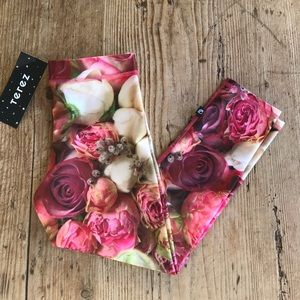 NEW Zara Terez rose floral cropped leggings